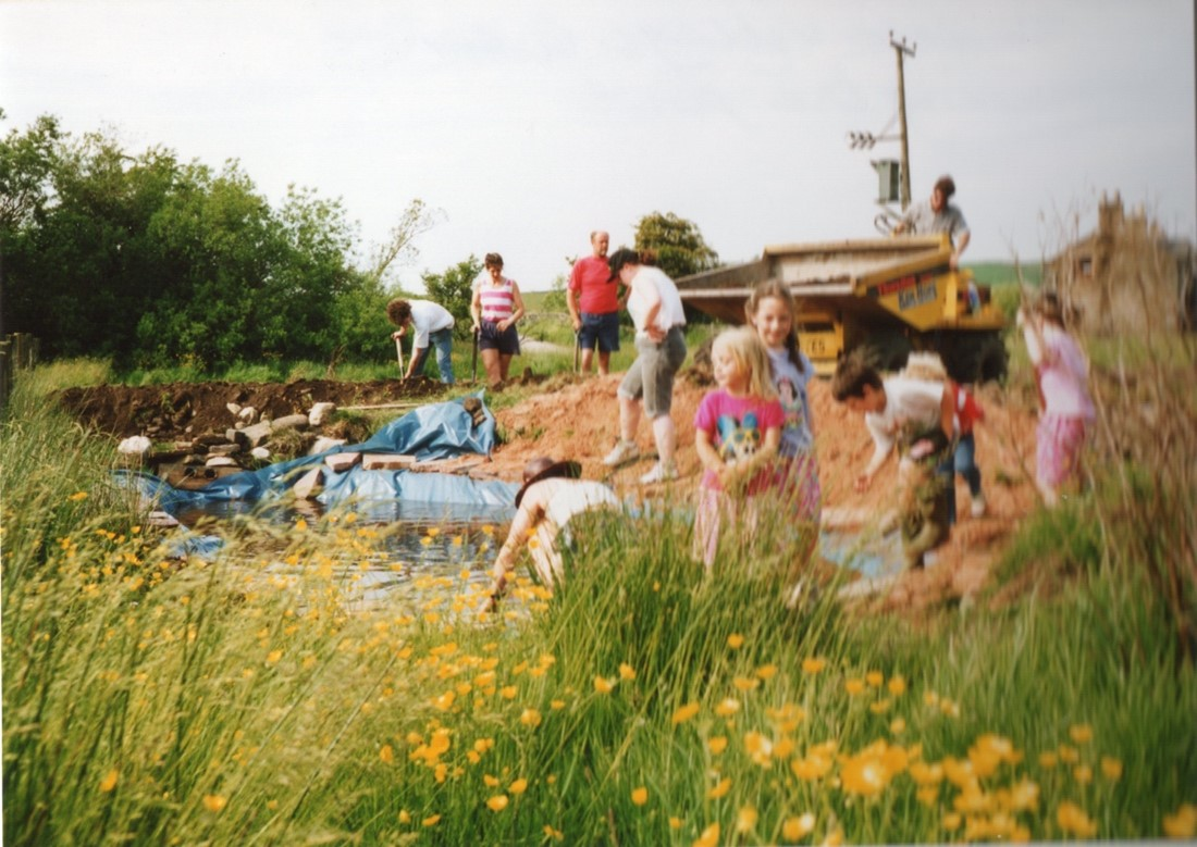 DIGGING THE VILLAGE POND – 1993, TINDALE